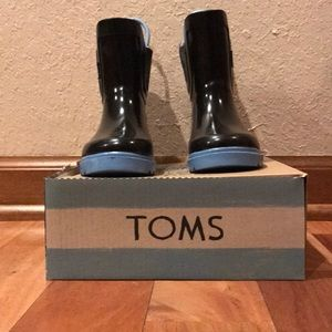 Toms Shoes Toddler Boy Black Rubber Rain Boots Sz 7 Poshmark